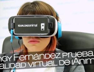 Angy Fernández prueba la realidad virtual de iAnimal